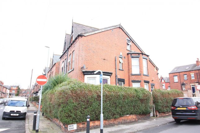 Thumbnail Semi-detached house to rent in Beck Road, Leeds, West Yorkshire