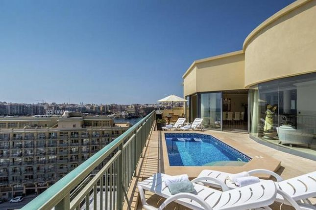 Thumbnail Apartment for sale in 3 Bedroom Penthouse, Portomaso, Sliema & St. Julians, Malta