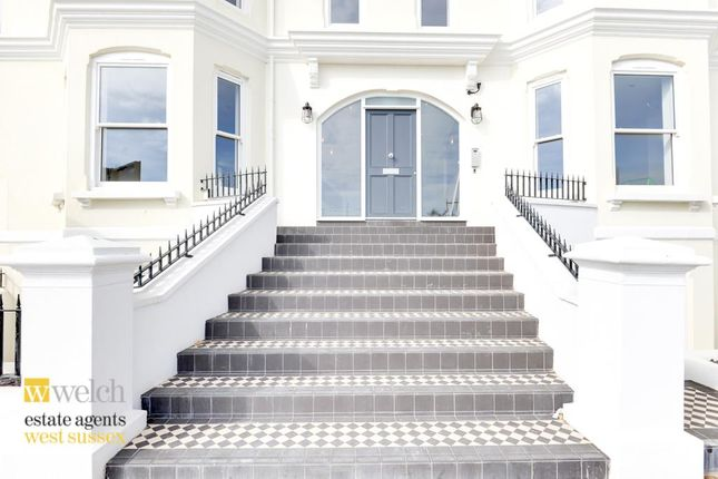 Thumbnail Flat for sale in Cavendish House, Marine Parade, Worthing