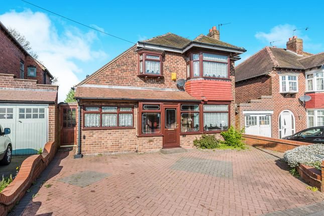 4 bed detached house for sale in Landswood Road, Oldbury