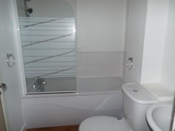 Bathroom of Consort Place, 40 Shakelton Road, Coventry, West Midlands CV5
