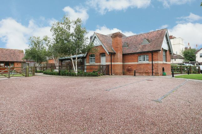 2 bed flat for sale in Coach House Mews, Upper Skilts Farm, Gorcott Hill B98