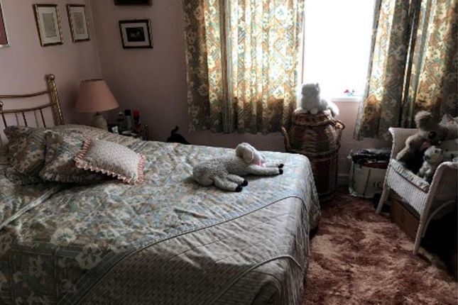 Bedroom.Png of Whitley Close, Stanwell, Staines-Upon-Thames TW19