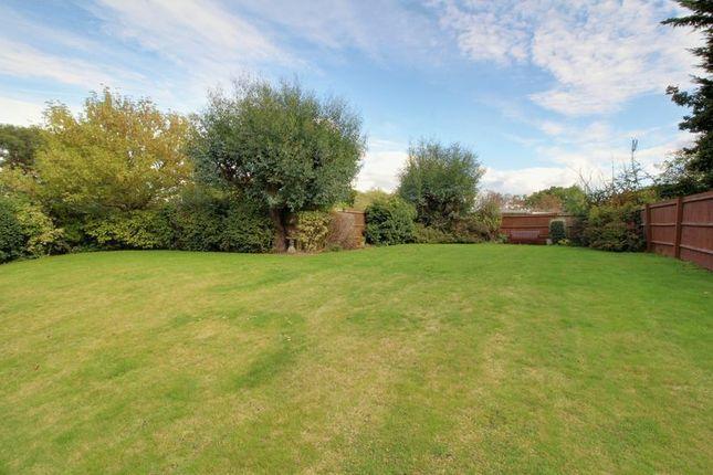 Photo 12 of Great Groves, Goffs Oak, Waltham Cross EN7