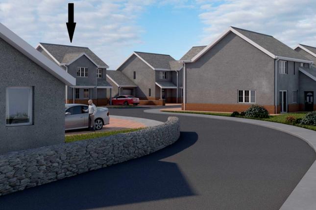 Thumbnail Semi-detached house for sale in Y Ffor, Pwllheli