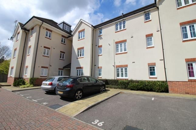 Thumbnail Flat for sale in Baxendale Road, Chichester, West Sussex