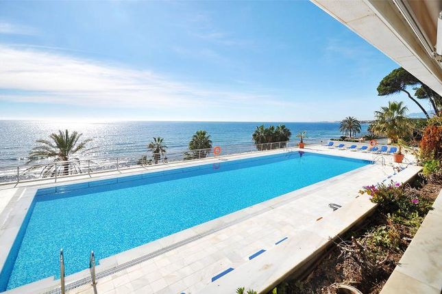 2 bed apartment for sale in Marbella, Marbella, Malaga, Spain