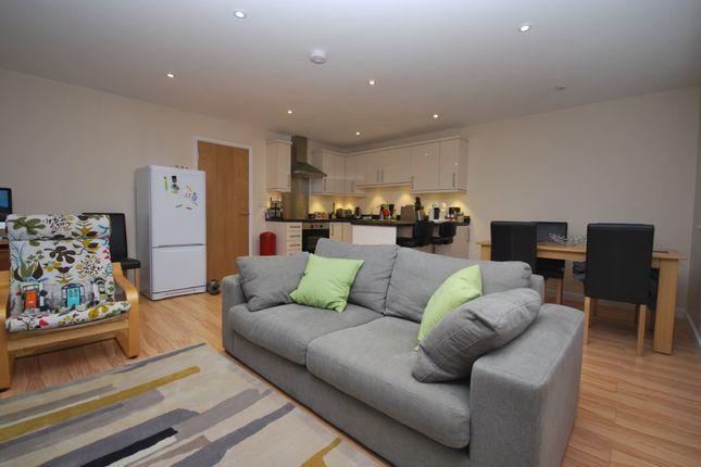 Thumbnail Flat to rent in Whitebines, The Fairfield, Farnham