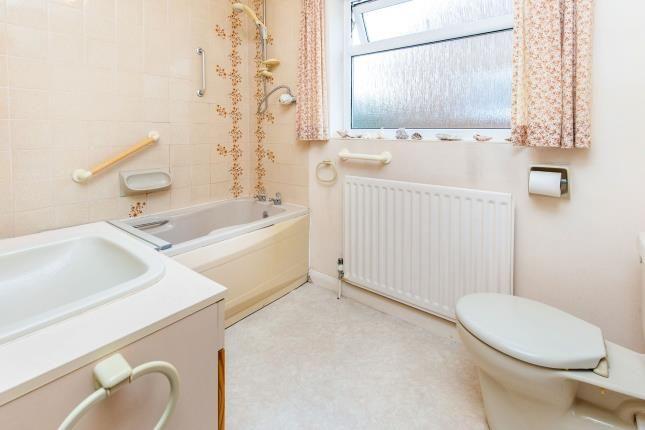 Bathroom of Willins Close, Hutton Rudby TS15