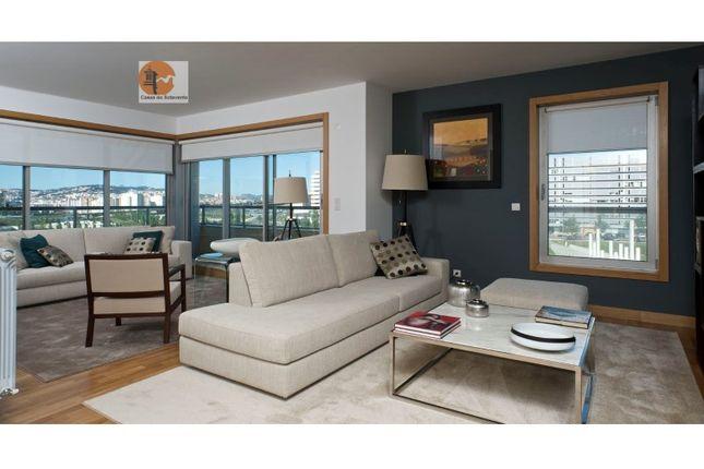 4 bed apartment for sale in Lumiar, Lumiar, Lisboa
