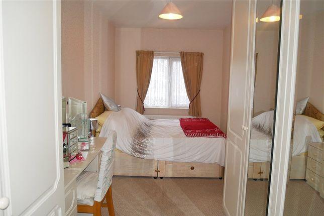 Picture No. 22 of Acre Avenue, Bradford, West Yorkshire BD2