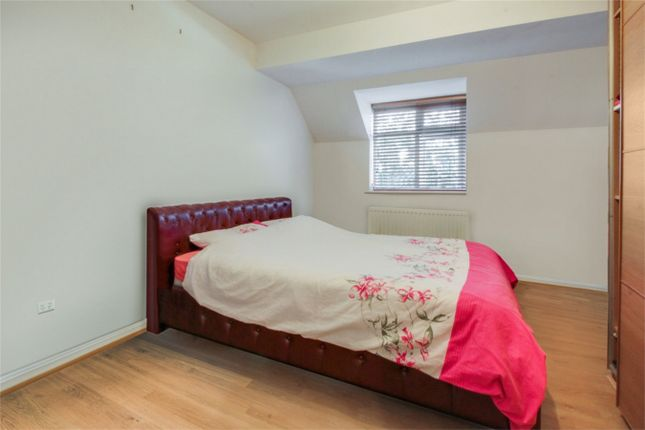 Thumbnail Semi-detached house to rent in Midwinter Court, 78 Draycott Avenue, Harrow