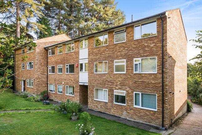 2 bed flat for sale in Lubbock Road, Chislehurst, Kent BR7