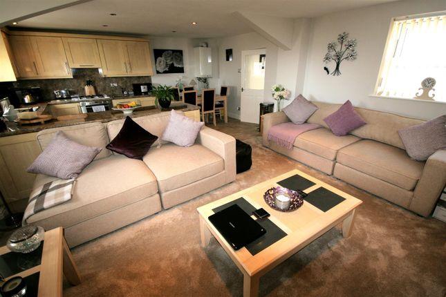Large Open Plan Living Kitchen