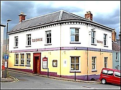 Thumbnail Restaurant/cafe for sale in High Street, Newnham-On-Severn