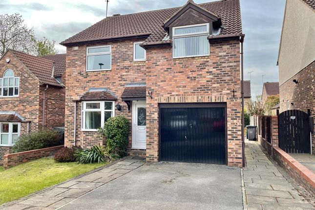 4 bed property to rent in Bowden Grove, Dodworth, Barnsley S75