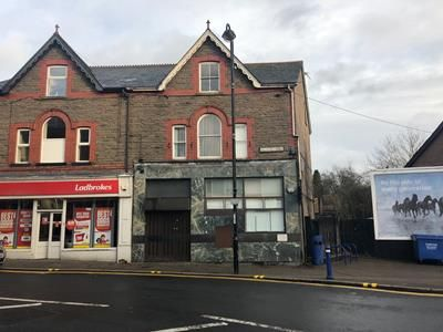 Thumbnail Retail premises to let in (A3 Takeaway Consent), Former Natwest Bank, 2 Bedwlwyn Road, Ystrad Mynach