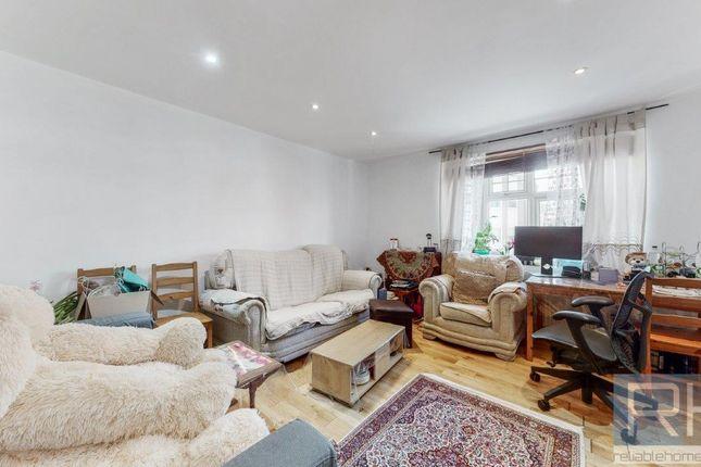 Thumbnail Flat to rent in High Street, Barnet