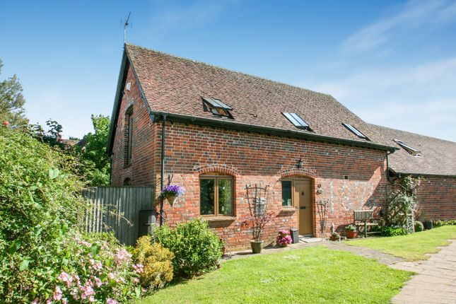 Thumbnail Barn conversion for sale in The Rickyard, Chalgrove, Oxford