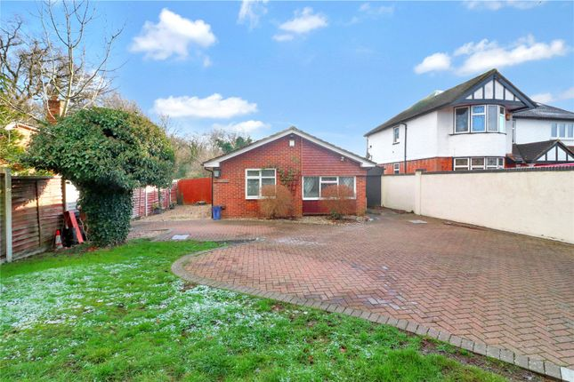 Thumbnail Bungalow for sale in Toms Lane, Kings Langley