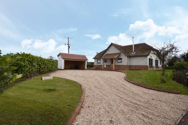 Thumbnail Detached house for sale in Gravesend, Albury