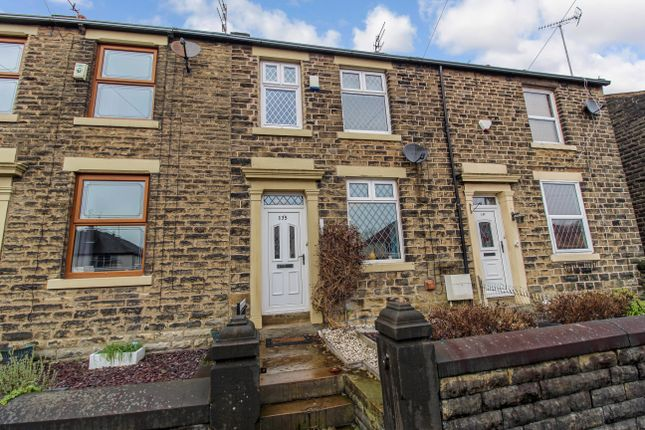 3 bed terraced house to rent in Huddersfield Road, Newhey, Rochdale OL16
