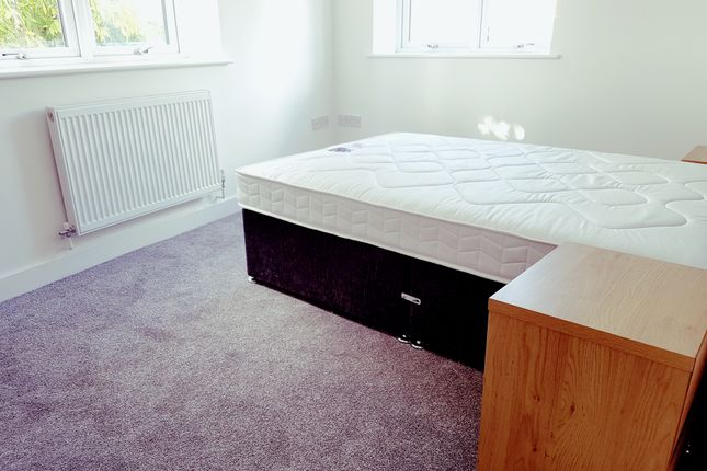 Thumbnail Flat to rent in Place, Liverpool