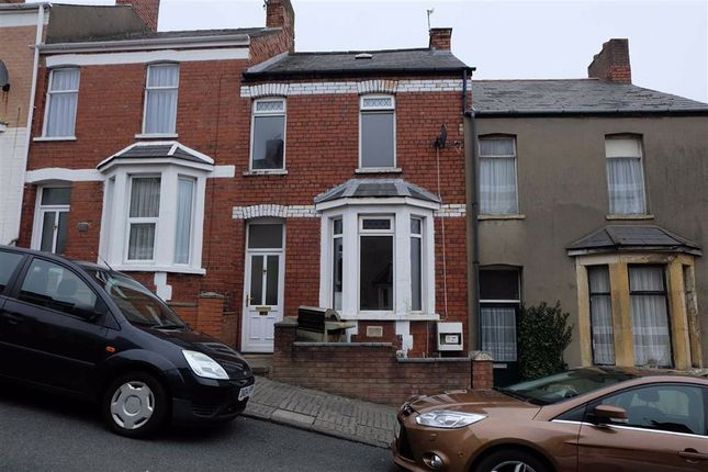 2 bed terraced house to rent in Trinity Street, Barry, Vale Of Glamorgan CF62