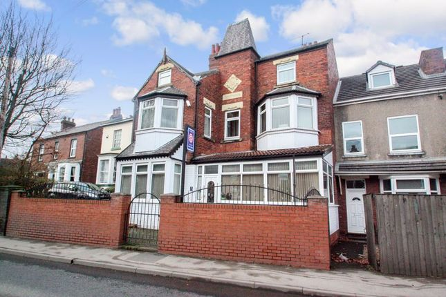 Photo 11 of Tower House Guest House, Pontefract, West Yorkshire WF8