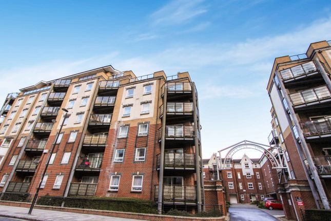 Thumbnail Flat to rent in Briton Street, Southampton