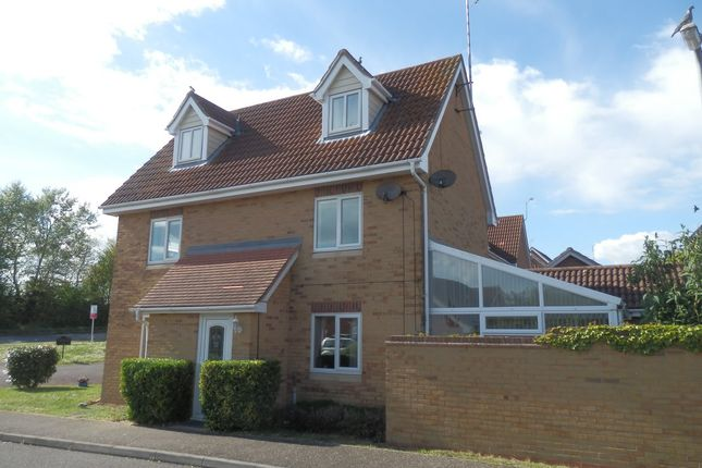 Thumbnail Detached house for sale in Bullfinch Close, Harwich