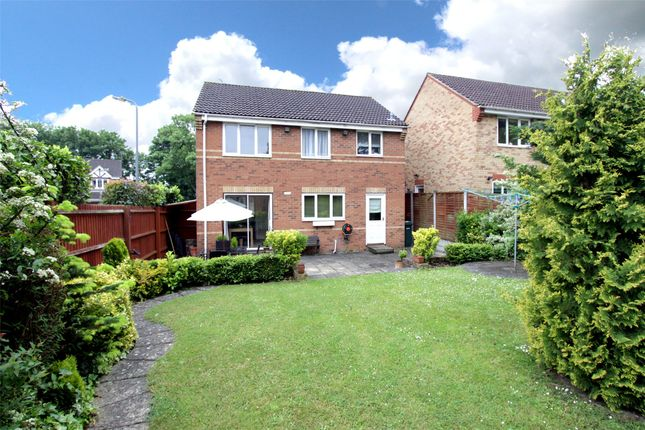 Thumbnail Detached house for sale in Edinburgh Drive, Abbots Langley
