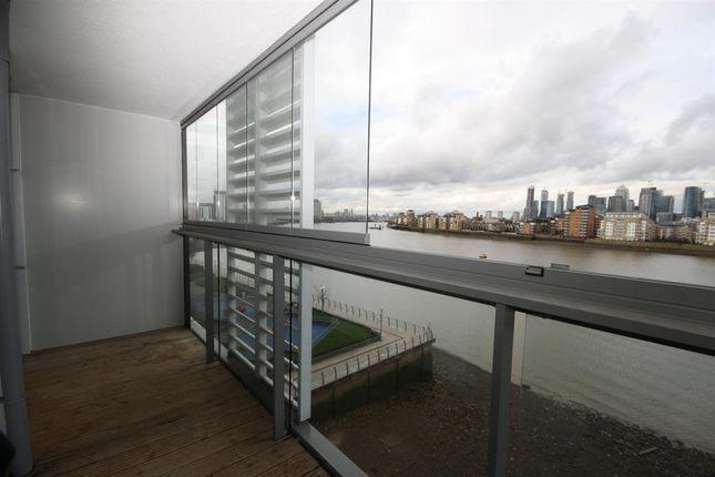 Balcony of Dowells Street, London SE10