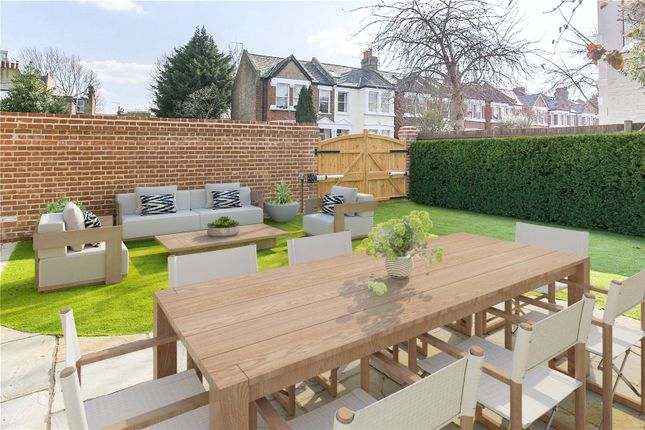 Thumbnail Semi-detached house to rent in Pagoda Avenue, Richmond, Surrey