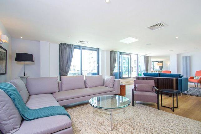 Thumbnail Flat to rent in Millharbour, South Quay, Canary Wharf