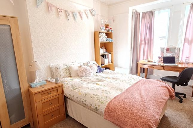 4 bed terraced house to rent in Glen Park Avenue, Mutley, Plymouth PL4