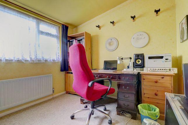Second Bedroom of Merrow Woods, Guildford GU1