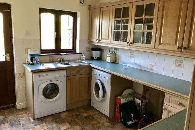 Utility Room of Waunfarlais Road, Llandybie, Ammanford SA18