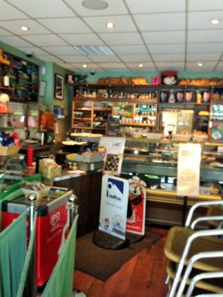 Thumbnail Restaurant/cafe to let in Thornbury Rd, Isleworth