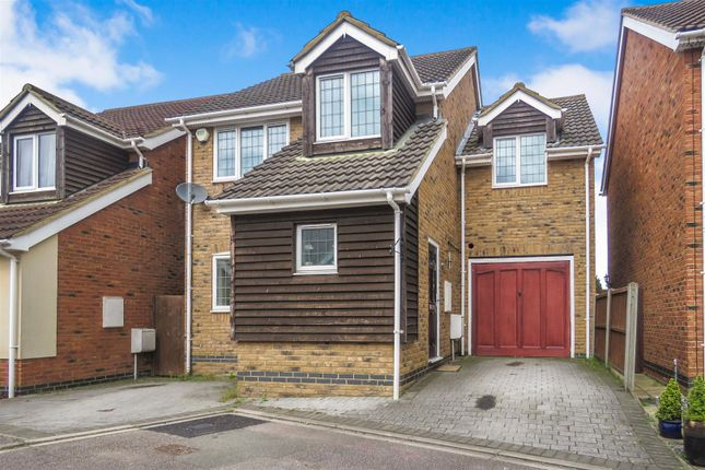 Thumbnail Detached house for sale in Midland Gardens, Shefford