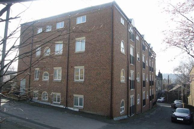 Thumbnail Flat to rent in 2 Back Lane, Heckmondwike