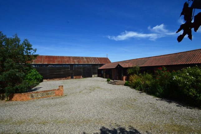 Thumbnail Barn conversion for sale in Bardfield Saling, Braintree, Essex
