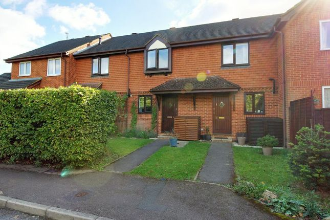 Thumbnail Terraced house for sale in Lancashire Hill, Warfield, Bracknell