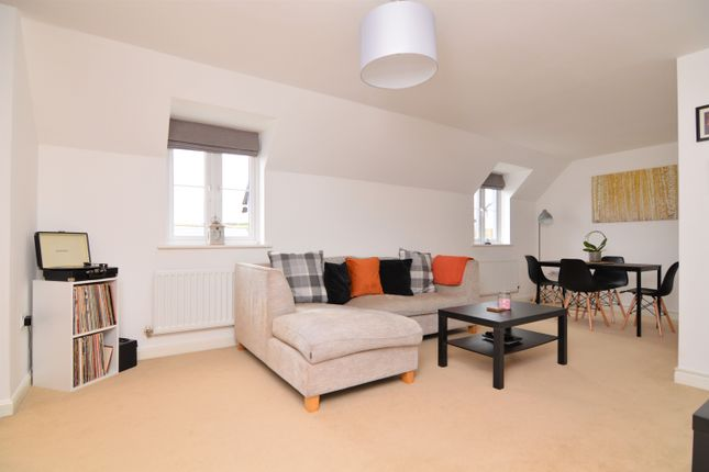 2 bed flat for sale in Trelowen Drive, Penryn TR10