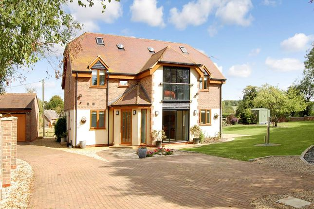 Thumbnail Detached house to rent in Upper Lambourn, Hungerford, Berkshire