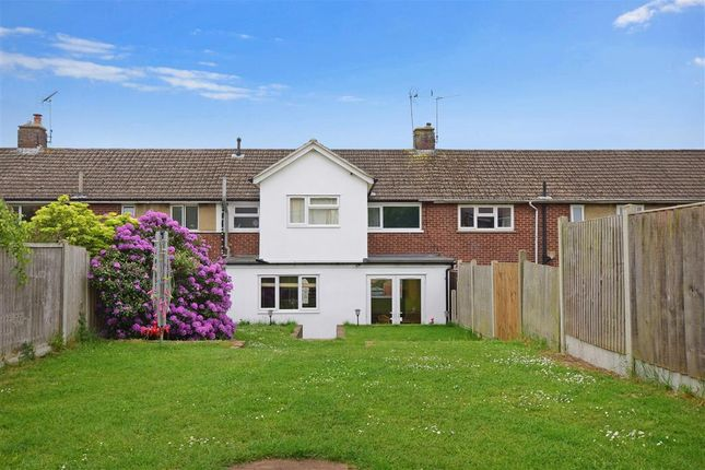 Thumbnail Terraced house for sale in Crays View, Billericay, Essex