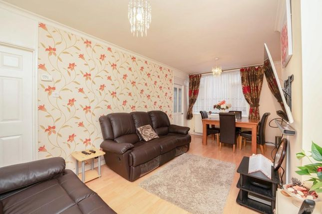 2 bed town house for sale in Convair Walk, Northolt UB5