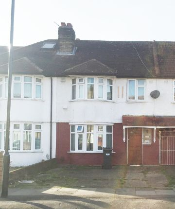 Thumbnail Terraced house for sale in Springwell Road, Heston, Hounslow