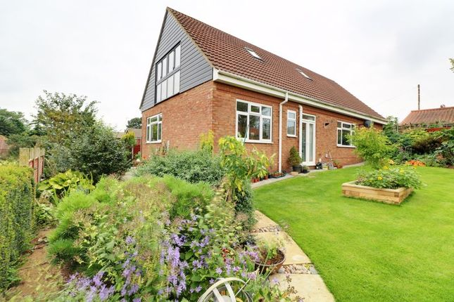 Thumbnail Detached bungalow for sale in Thealby Lane, Thealby, Scunthorpe