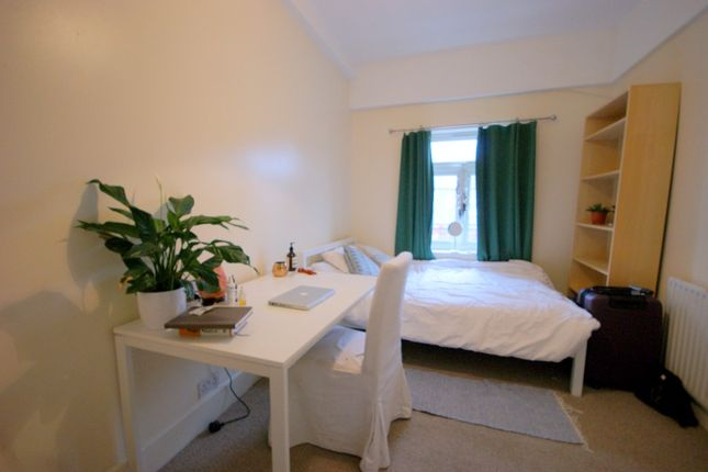 Thumbnail Terraced house to rent in Napier, Leytonstone